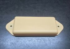 Solid Dog Ear P-90 Cover CREAM