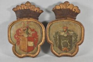 g68z35- 2x Barock Wappen, Holz bemalt, 18.Jh.