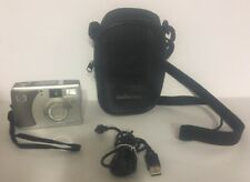 HP PhotoSmart 735 3.2MP Digital Camera with 3x Optical Zoom Pentax 15x Zoom