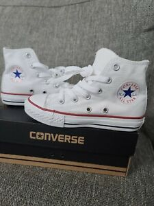 Converse All Star Chuck Taylor Youth Size 11 New with box