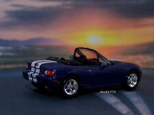 MAZDA MIATA MX-5 1/64 SCALE DIECAST MODEL COLLECTIBLE DIORAMA OR DISPLAY