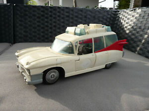 The Real Ghostbusters ECTO1 Modell - CADILLAC Ambulance 1984 Columbia Picture