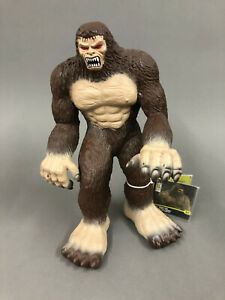 "GIANT 16"" BIGFOOT SASQUATCH Vinyl Figure Animal Planet Toys R Us w/ Tags Monster"