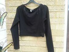 ladies cropped top size medium