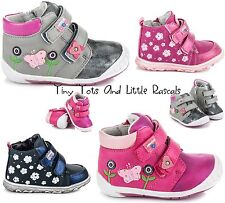 Girls Hi Top Ankle Spring Autumn Zip Fastening Shoes Trainers Size UK 4-8