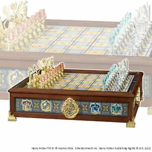 Noble Collection - Harry Potter - Hogwarts Houses Quidditch Chess Set NN7109