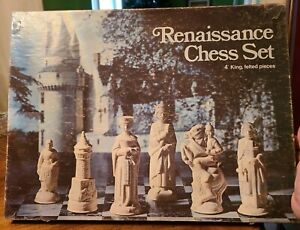 "Vtg ES Lowe Full Renaissance Chess Set Authentic Detailed Replicas 4"" felted 831"