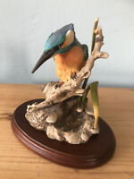 Lovely Vintage Kingfisher Figurine/beautiful Collectable Bird Ornament