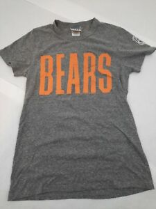 Women's Chicago Bears spellout NFL T Shirt Size Small