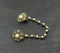 Vintage Gold Tone Faux Pearl Double Flower Clip Sweater Guard Brooch Pin b5