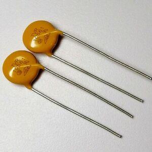 1PCS/5PCS TVR10561 TKS Varistor