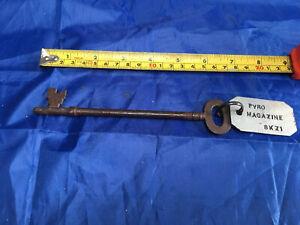 Vintage Key WW2?