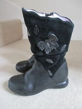 CLARKS GIRLS BLACK LEATHER / SUEDE LONG BOOTS SIZE 7 1/2 F