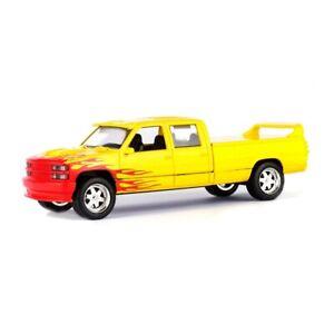 KILL BILL 1997 Custom Crew Cab 1:43 Greenlight Hollywood Cars