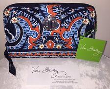 NEW VERA BRADLEY TurnLock Wallet MARRAKESH Clutch RETIRED- NWT Great Gift!