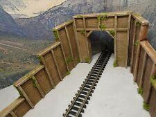 N GAUGE SINGLE TRACK TUNNEL ENTRANCE RETAINING WALLS SET OT THREE (WOOD)...