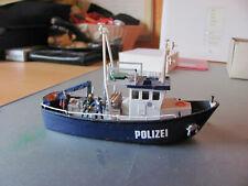 Polizei 1/87, Motorboot 1/87, Bausatz bereits zusammengebaut, mit Taucher und 2