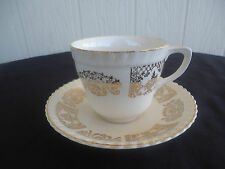 vintage johnson bros brothers old english tea cup & saucer  cream and gold