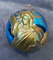 NEW YORK EMPIRE STATE SKYLINE & STATUE OF LIBERTY GLASS BALL ORNAMENT 3D