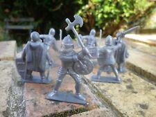 SOLDATS PLASTIQUE CHEVALIER MOYEN AGE LOT de 6 figurines 50mm comme neuf