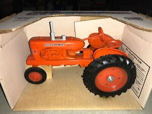 Ertl Allis Chalmers WD-45 Tractor 1/16 #1206 Old Stock