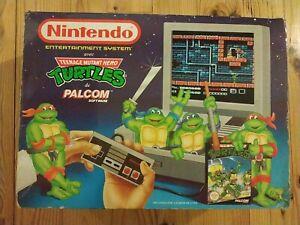 Boite vide ORIGINALE Nintendo NES + Fourreau Tortues Ninjas + Documentations