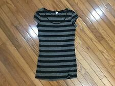 H&M DIVIDED WOMENS Black / Gray BLOUSE TOP SIZE 6
