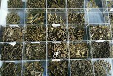 Lot de 50 Pendentifs breloque Bronze 8 à 40mm mixte de très bonne qualité