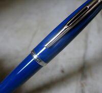 SPLENDIDE STYLO ROLLER WATERMAN CARENE EN LAQUE BLEUE - FINITION CHROMEE