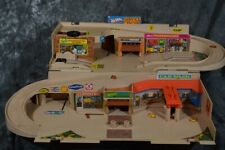 1979 Mattel Hot Wheels SERVICE CENTER Playset *Near Complete* W/ FREE SHIPPING