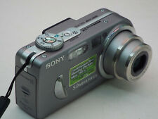 Sony Cyber-shot DSC-P10 5.0MP Digital Camera - Silver