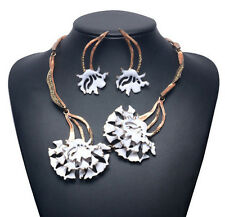 MARNI H&M White  Flower Pendant  Necklaces & Earrings
