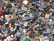 4 POUNDS OF LEGOS Bulk lot Bricks Parts Pieces 100% Lego Star Wars, City, Etc.