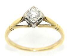 Ladies/womens, 18ct gold and platinum ring with a solitaire diamond, UK Size O