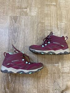 Merrell Moab Womens Mid Waterproof Hiking Boots Boulder/ Berry EUC CLEAN Sz 5
