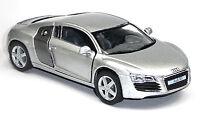NEU: Audi R8 Sportwagen Sammlermodell 1:36 silber metallic Neuware von KINSMART