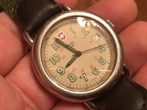 Men's Swiss Army Calvary Field Beige Dial Quartz Watch New Battery Date @ 3