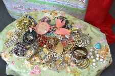 Lot Of Mixed Jewerly. Lots Wear,Sell, Over 4+ Pounds Priate Estategreat Deal