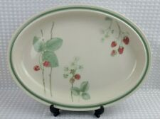 "Wedgwood Raspberry Cane 34.5cm / 13.5"" Platter Serving Plate - Vintage Excellent"