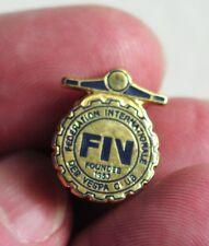 Vintage VESPA scooter FIV Club pin-back metal lapel badge cog design