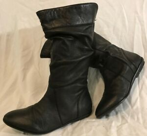 So Fabulous! Black Mid Calf Leather Boots Size 5 (524Q)
