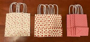 NEW Lot of 13 Assorted Medium Valentine's Day Hearts Gift Bags