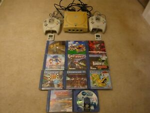 SEGA DREAMCAST CONSOLE WITH 2 CONTROLLERS  AND 11 GAME BUNDLE , PAL ....