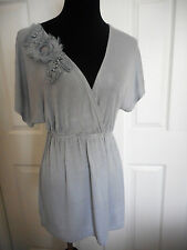 MAURICES WOMEN'S SMALL BLOUSE GRAY WITH EMBELLISMENT ON FRONT SHORT SLEEV