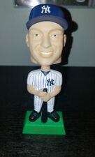 Yankees #2 Derek Jeter Upper Deck Collectibles Play Makers Bobble Head 2001