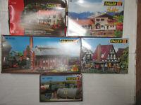 5 Faller Bausätze Eisenbahnhäuser B-159 131280 130203 130948 131309 OVP Spur H0