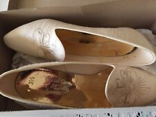 women bridal shoes and hat