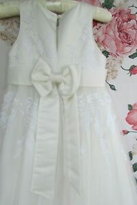 Ivory Lace Flower Girl Bridesmaid Party Occasion Dress Age 4-5 John Rocha £80