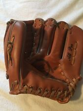 New listing Softball Glove, ALL-PRO, PW - 888, Pee Wee, Flex action, Excellent