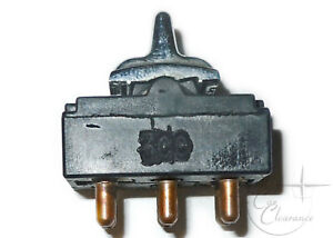 1980-1989 Lincoln Town Car Window, Door Lock Switch (E0VY14529A) NOS